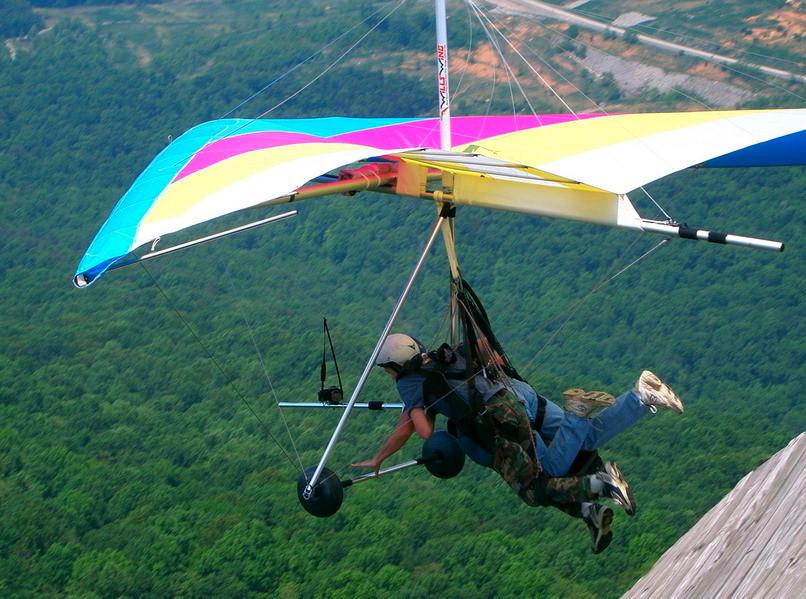Hang Gliding In Himachal Pradesh Himachal Pradesh Hang