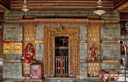 rishi manu temple manali